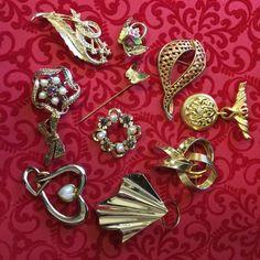 MOD Jewelry Lot Brooches Pins Hatpin CORO China Rhinestones Sim Pearl Scarf Clip #CoroUnbranded Screw Back Earrings, Bead Earrings, My Ebay, Sim, Brooch Pin, Nashville, Costume Jewelry, Brooches, Rhinestones