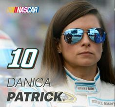 Sue Patrick, Danica Patrick, Female Race Car Driver, Nascar Racing, Indy Cars, Athletic Women, Female Athletes, Fast Cars, Pin Up Girls