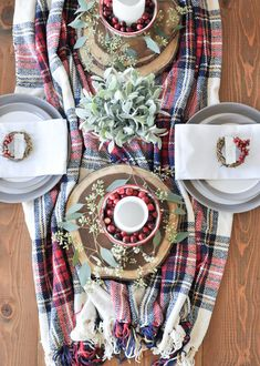 9 Creative DIY Holiday Wreaths Your Door Will Love - including these cute mini wreaths perfect for a holiday tablescape! Classy Christmas, Cozy Christmas, Christmas Time, Christmas Ideas, Christmas Place Cards, All Things Christmas, Quick And Easy Crafts, Plaid Decor, Christmas Tablescapes