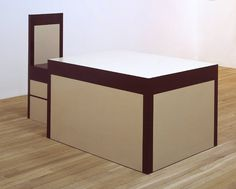 Table and Chair Richard Artschwager born 1923 Melamine laminate and wood object: 755 x 1320 x 952 mm object: 1143 x 438 x 533 mm Richard Artschwager, Creative Economy, Art Et Design, Pop Art Movement, Tate Gallery, Richard Serra, Table And Chairs, Installation Art, House Colors