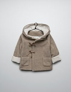 HOODED DOUBLE BREASTED THREE QUARTER LENGTH COAT