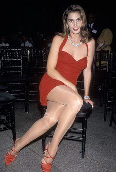 Photo de belles jambes dans la rue