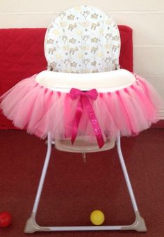 Highchair tutu with personalised ribbon. Perfect for 1st birthdays, weddings and cake smash (photo prop) pink, purple, red, any colour