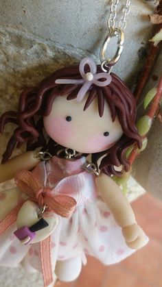 Collana con ciondolo bambolina romantica
