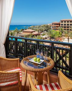 See the most striking photos and videos of the Costa Adeje Palace. Outdoor Furniture Sets, Outdoor Decor, Tenerife, Costa, Palace, Patio, Photo And Video, Rooms, Home Decor