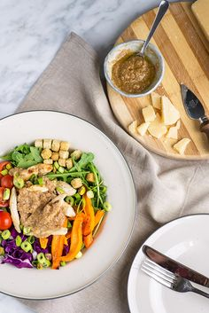 Chicken Rainbow Salad with Grana Padano cheese vinaigrette. Easy salad recipes. Summer picnic inspiration.  #mondomulia #rainbowsalad #saladrecipes
