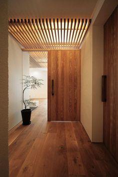 interior home design Interior Architecture, Interior And Exterior, Futuristic Architecture, Interior Door, Modern Interior, Hallway Inspiration, Japanese Interior Design, Wood Interiors, House Interiors