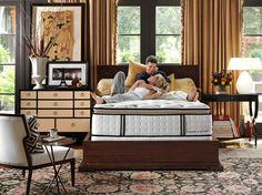 A Quality mattress store in Arizona carries the best bed brands and accessories.  http://www.azbedmart.com/