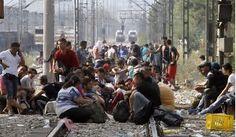 Resultado de imagen de fotos de inmigrantes y refugiados en europa