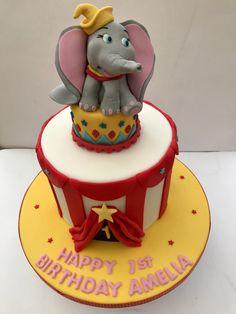 Vintage Cupcake, Birthday Cake, Desserts, Food, Tailgate Desserts, Deserts, Birthday Cakes, Essen, Postres