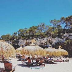 My absolute favorite bay: Cala Llombards Beautiful Islands, Beautiful Places, Deia Mallorca, Beach Boardwalk, Reisen In Europa, Balearic Islands, Beach Bars, Beach Club, Adventure Travel