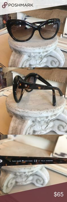 "♠️Kate Spade♠️ Sunglasses Excellent Condition see photos there is a scratch on the outside arm by the Spade and one tiny scratch on the right lens very tiny to photograph style is ""Hello Sunshine"" Price to sell kate spade Accessories Sunglasses"