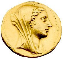 Arsinoe III, Qreen of Egypt, rode at the head of infantry and cavalry to fight Antiochus the Great at the battle of Raphia in 217 BC.