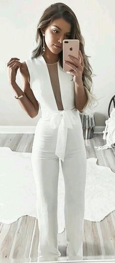 Photo White fashion look from 50 Flawless Summer Outfits To Wear Right Now Mode Outfits, Fashion Outfits, Womens Fashion, Dress Fashion, Latest Fashion, Fashion Ideas, Party Fashion, Fashion Advice, Fashion Trends