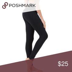 "American Apparel black ""Fitness Pant"" legging XS AA American Apparel black ""Fitness Pant"" legging, excellent condition. Flat waistband with key pocket, mid rise. Waist 11"", rise 9.5"", inseam 26"". 90% nylon, 10% elastane. American Apparel Pants Leggings"