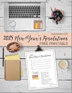 A simple & beautiful reminder of your New Year's Resolutions. Print out this free printable & always have your resolutions/goals at your fingertips!   @mamamissblog