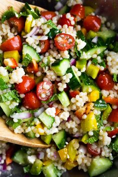 The salad you're going to want to eat all summer long- summer couscous salad! Loaded with veggies, feta, mint, and Israeli couscous. Pearl Couscous Recipes, Pearl Couscous Salad, Mediterranean Couscous Salad, Israeli Couscous Salad, Couscous Salad Recipes, Chicken Quinoa Salad, Mediterranean Recipes, Couscous Salad Dressing, Vegetarian Recipes