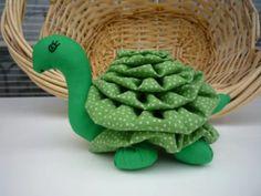 Yo Yo Turtle fabric quilt nursery decor reptile by YoYosByRobin Tie Crafts, Doll Crafts, Diy And Crafts, Crafts For Kids, Sewing Toys, Sewing Crafts, Sewing Projects, Fabric Toys, Fabric Crafts