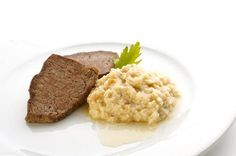 Carinthian breaded horseradish  A typical Carinthian side dish or a thick sauce with meat and roast potatoes, made of bread, covered with a meaty soup, grated horseradish and sometimes sour cream too. It's often on the menu at tourist farms. http://www.adventureslovenia.com/