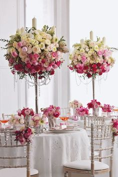 A stunning pink rose display for wedding tables. Our Light Pink and Bright Pink Coloured Rose Petals would be perfectly co-ordinated confetti!