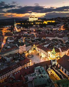 Bratislava Slovakia, City Aesthetic, World Cities, Night City, City Photography, Travel Goals, Paris Skyline, Places To Go, Around The Worlds