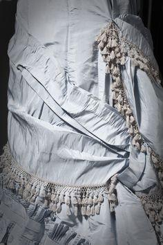 Woman's_Dress_LACMA_M.2007.211.35_(3_of_7).jpg (1400×2100)