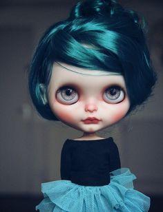 New girl - Magalie Hénon via Flickr
