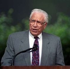 George Beverly Shea  -  what a wonderful testimony.  He's walking the streets of gold today!