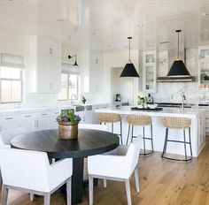 Kitchen Living Rooms - Are you currently want to decorate your dining table at home ? We need to realize the dining table is the most frequent site for almost all families to get together, share stories about their live… Kitchen Interior, New Kitchen, Kitchen Dining, Kitchen Decor, Round Kitchen Tables, Dining Room, Modern Interior, Dining Area, Dining Chairs