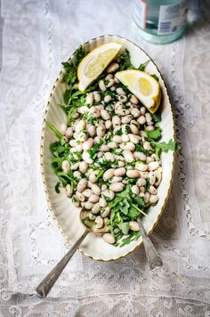 Herbed White Bean Salad with Arugula — Rose & Ivy Healthy Salad Recipes, Whole Food Recipes, Vegetarian Recipes, Healthy Meals, Healthy Food, Easy Meals, Healthy Side Dishes, Side Dish Recipes, Cranberry Beans
