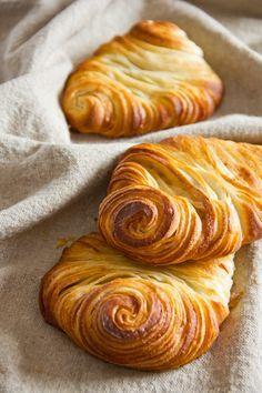 Aus alt mach neu: Hamburger Franzbrötchen – Plötzblog – Rezepte rund ums Backen von Brot, Brötchen, Kuchen & Co.