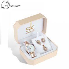 Rose Gold Watch Gift Set  Price: 142.99 & FREE Shipping Latest Women Watches, Gold Watches Women, Rose Gold Watches, Ladies Watches, Women's Jewelry Sets, Jewelry Gifts, Jewelry Watches, Women's Watches, Wrist Watches