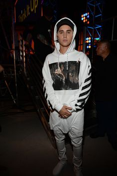 Justin Bieber Performs in Off White Caravaggio Hooded Sweatshirt