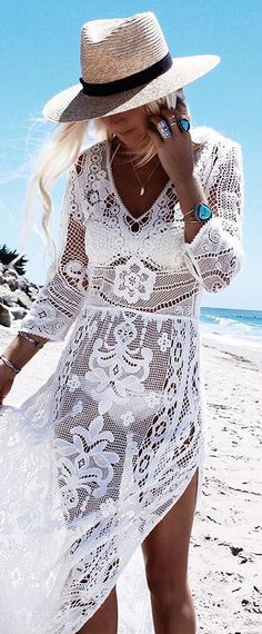 Summer Style :: Beach Boho :: Festival Outfits :: Gypsy Soul :: Bohemian Beauty :: Hippie Spirit :: Free your Wild :: See more Untamed Fashion + Style Inspiration /untamedmama/ Look Boho, Bohemian Style, Boho Chic, Boho Beach Style, Bohemian Gypsy, Vetement Hippie Chic, Style Bobo Chic, Estilo Boho, Festival Outfits