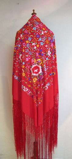 100% Silk Flamenco Embriodery Piano Shawl / Scarf - Manton, Id love to have this