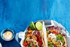 Unser beliebtes Rezept für Orient-Tortillas mit Gewürzbohnen und Salat und mehr als 55.000 weitere kostenlose Rezepte auf LECKER.de.