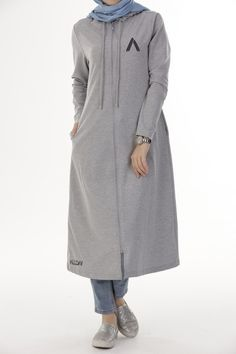 GRİ TUNIK - 50546 Sport Fashion, Fashion 2017, Daily Fashion, Fashion Outfits, Womens Fashion, Islamic Fashion, Muslim Fashion, Modest Fashion, Hijab Dress