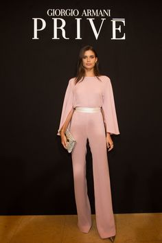 Sara Sampaio in a nude pink jumpsuit Front Row @ Armani Prive Spring 2018 Pink Outfits, Classy Outfits, Suit Fashion, Fashion Outfits, Womens Fashion, Special Occasion Outfits, Armani Prive, Haute Couture Fashion, Casual Chic Style