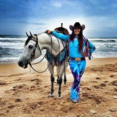 Fallon Taylor. I love that horse