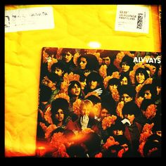 hoy llego a nuestra oficina en #miami el disco de @alvvaysband #pop #rock #lofi de #toronto #canada ! @polyvinylrecords ! the album of #alvvays #band from #toronto #canada arrive today at our miami office! so you can listen it from all the world on #RadioMangoPapaChango #Argentina in rotation 24hs! thanks for sending us their music #PolyVinylRecords ! #indie #alternative #music #station #Transgressive #RoyalMountain #PopFrenzy #PVine #album #cd #MusicAroundTheWorld #