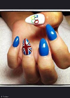 Nail Design-Lily Allen