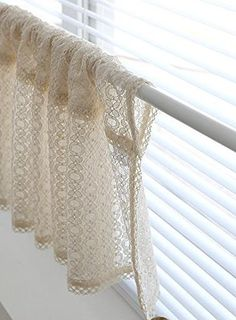 Beige Lace Handmade Natural Cotton Cafe Curtain, Kitchen Curtain Valances, European Rural Fashion Window Curtain for Home, One Piece cm Home Curtains, Valance Curtains, Love Home, My Dream Home, Kitchen Valence, Beautiful Curtains, Window Coverings, Rustic Style, Amazon Fr