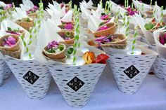 EWÄS Street-food & catering,  Local organic food & recyclable ecodesign package - www.ewas.fi - www.facebook.com/ewas.streetfood