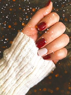 NexGen Christmas nails with red and white glitter