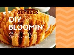 OUTBACK STEAKHOUSE BLOOMIN' ONION!!! - YouTube