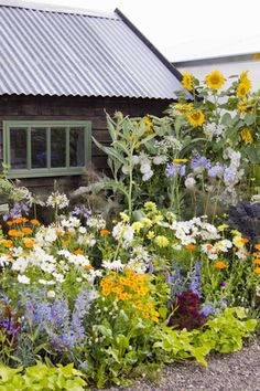 You can design your cottage garden to suit your climate and to reflect your favorite flowering plants.
