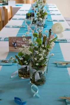 tischdecke-fur-konfirmation-in-turkis-aurore-kowalczyk Tablecloth for Confirmation in turquoise – Aurore Kowalczyk Turquoise Table, Diy Crafts To Do, Flower Pots, Flowers, Wedding Decorations, Table Decorations, Floor Colors, Birthday Balloons, Dinner Table