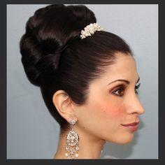 Wedding hair, Bride with Bun & accessory
