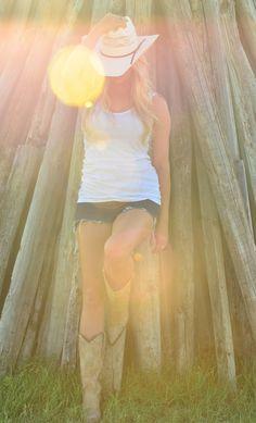 "From a recent photo shoot ""Texan Country Girl"" www.simonsaltphoto.com"
