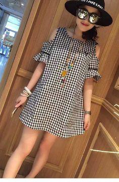 欧美夏季新款女装 潮流黑白格露肩性感连衣裙 代购-易买中国,一家专做免费代购的网站.承诺永久免服务费.